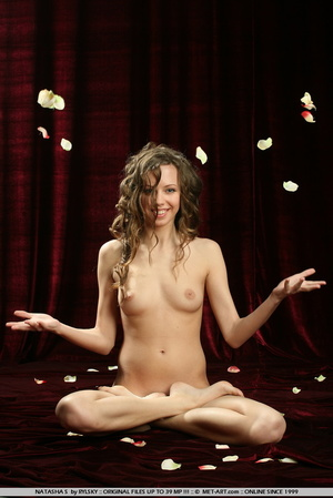 Russian model with big brown curls and s - XXX Dessert - Picture 6