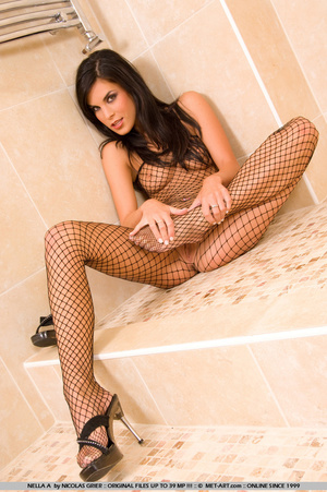 Nella is in the bath room with some sexy - XXX Dessert - Picture 7