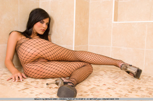 Nella is in the bath room with some sexy - XXX Dessert - Picture 10