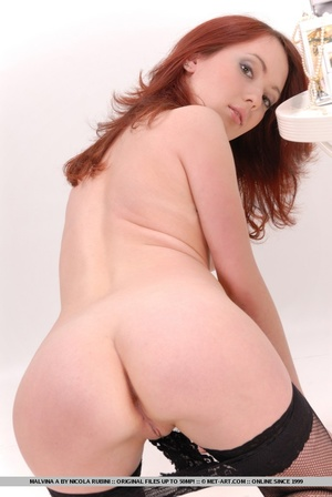 Sizzling hot redhead with round, delecta - XXX Dessert - Picture 9