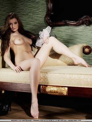 Sultry and sweet little model with tiny  - XXX Dessert - Picture 9