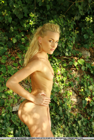 Blonde haired Liza out in the driveway w - XXX Dessert - Picture 1