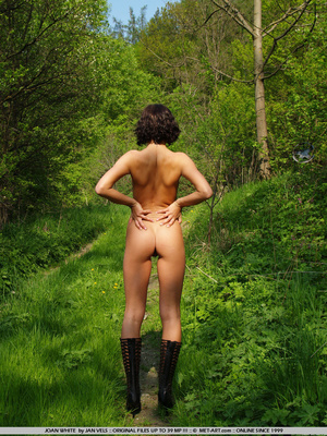 Public nudity is not for everyone, only  - XXX Dessert - Picture 17