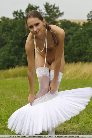 Ballerina with a cute tutu goes out on t - XXX Dessert - Picture 3