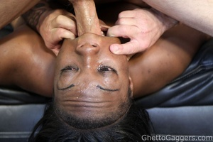 Little ghetto whore Venus gets the powde - XXX Dessert - Picture 8
