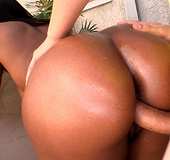 Rane Revere is a ebony goddess with a whole lot a body. She has perfect