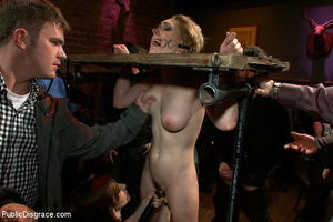 Stunning blonde slave hottie won't forge - XXX Dessert - Picture 4
