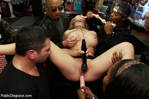 Blonde big boobed roped girl fucked thor - XXX Dessert - Picture 9