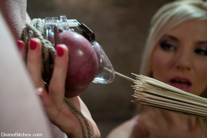Sexy shaped blonde mistress riding face  - XXX Dessert - Picture 3