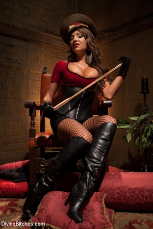 Kinky femdom pics of crazy mistress forc - XXX Dessert - Picture 3