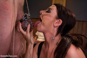 Slutty mistress enjoying three black pec - XXX Dessert - Picture 2