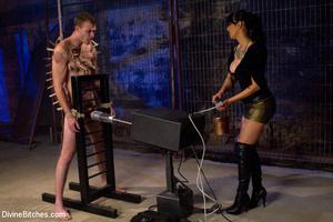 Perverted high heeled mistress dominatin - XXX Dessert - Picture 3
