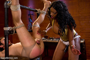 Femdom hot pictures of ebony busty babe  - XXX Dessert - Picture 7