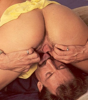Hairy seventies pussy and ass filled wit - XXX Dessert - Picture 8
