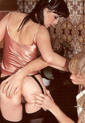 Two hairy seventies girls getting fucked - XXX Dessert - Picture 5