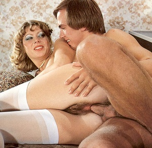 Two hairy seventies girls getting fucked - XXX Dessert - Picture 12