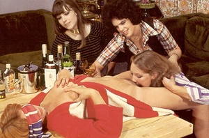 Four hairy seventies lesbians playing di - XXX Dessert - Picture 9