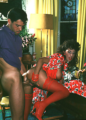 Sexy shaved seventies lady gets some rou - XXX Dessert - Picture 7