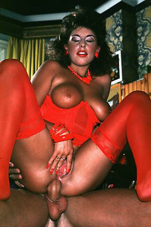 Sexy shaved seventies lady gets some rou - XXX Dessert - Picture 13
