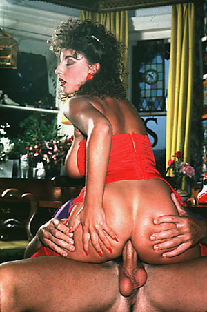 Sexy shaved seventies lady gets some rou - XXX Dessert - Picture 14