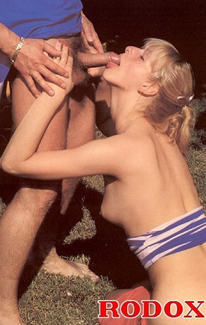 Eighties teenager loves anal stuffing at - XXX Dessert - Picture 7