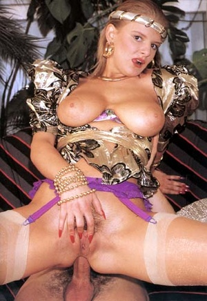 Horny seventies lady stuffed rough in he - XXX Dessert - Picture 11
