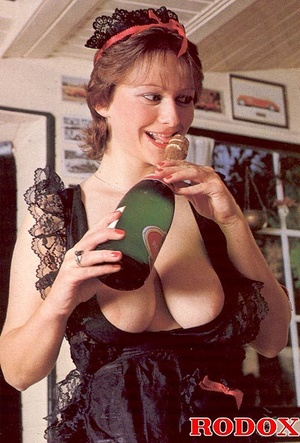 Big titted seventies lady receives two b - XXX Dessert - Picture 4