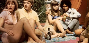 Seventies hippies having a big steamy or - XXX Dessert - Picture 2