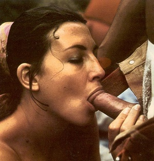 Seventies hippies having a big steamy or - XXX Dessert - Picture 5