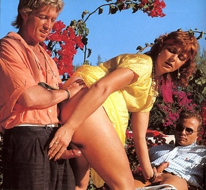 Trimmed seventies lady enjoys two stiffy - XXX Dessert - Picture 6