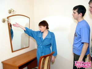 Horny pregnant woman gives guy deepthroa - XXX Dessert - Picture 2