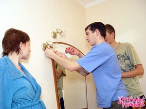 Horny pregnant woman gives guy deepthroa - XXX Dessert - Picture 3
