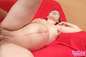 This cute pregnant chick shaved her swol - XXX Dessert - Picture 7