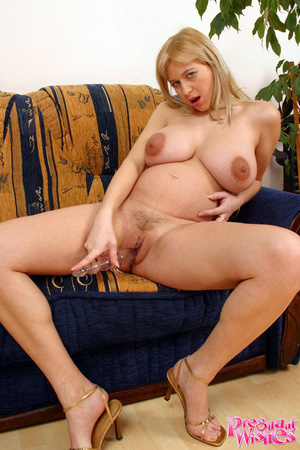 Pretty pregnant lady playing with her la - XXX Dessert - Picture 10