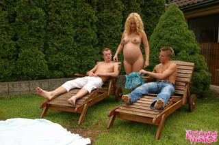 pregnant blonde spots guys