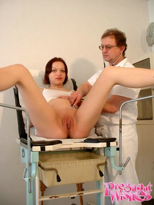 Pregnant beauty gets her tits and pussy  - XXX Dessert - Picture 11