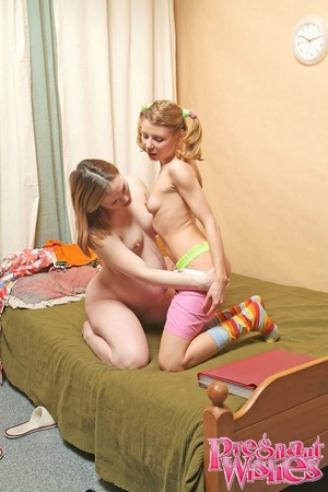 Sex-starved lesbian preggo craving for f - XXX Dessert - Picture 16