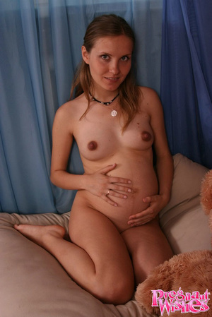 Beautiful pregnant lady with small titti - XXX Dessert - Picture 14