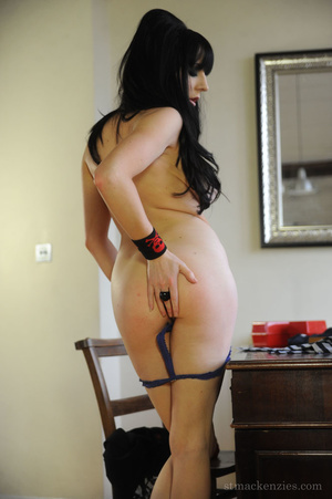 Rebellious college girl Samantha Bentley - XXX Dessert - Picture 10