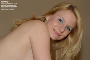 Busty blonde Tammy bent over the table w - XXX Dessert - Picture 9