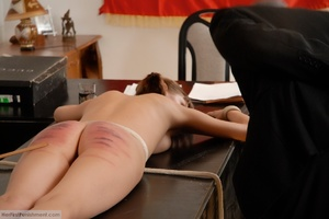 Teen babe gets in custody for a hard spa - XXX Dessert - Picture 10