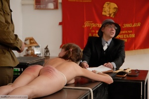 Teen babe gets in custody for a hard spa - XXX Dessert - Picture 12