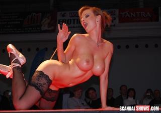 cock hugnry sex show