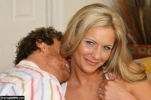 Gorgeous Blonde Busty Wife Gets Fucked - XXX Dessert - Picture 3