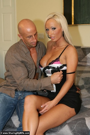 Busty Blonde Wife Fucks a Strange Man - XXX Dessert - Picture 5