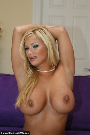Sexy Ass Shyla Stylez Stripping and fuck - XXX Dessert - Picture 8