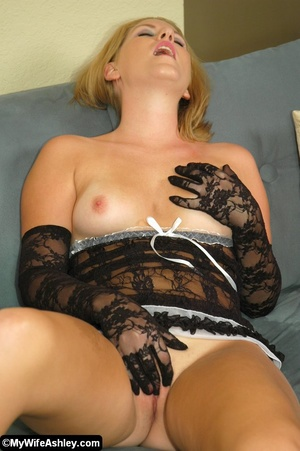 Sexy blonde housewife in black seethroug - XXX Dessert - Picture 19
