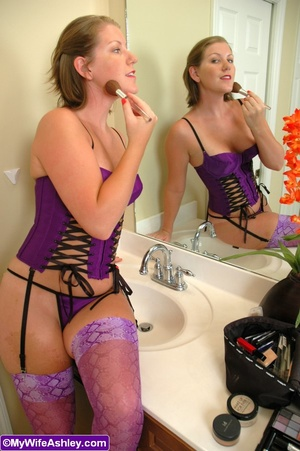Sex hungry housewife in exclusive stocki - XXX Dessert - Picture 2