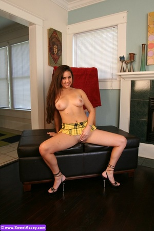 Horny sexy shaped housewife in yellow mi - XXX Dessert - Picture 14