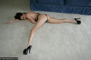 Nasty brunette housewife in black body p - XXX Dessert - Picture 7